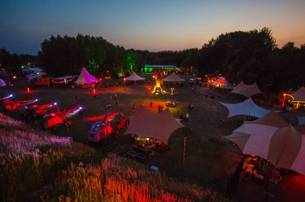 Bringt Zelte! Sechstes Chaos Communication Camp in Mildenberg